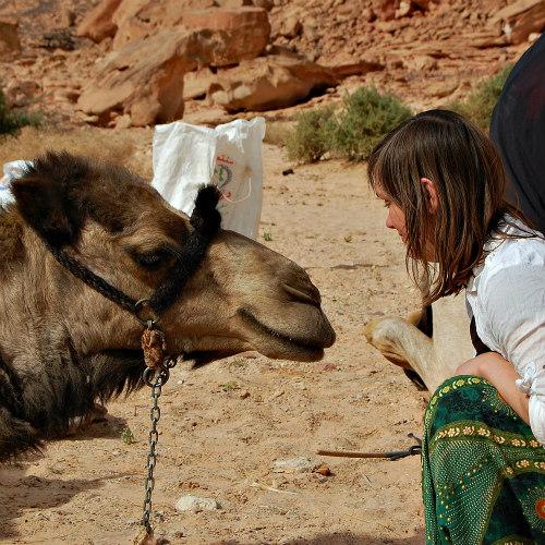DesertJoy deelneemster Nynke en haar kameel Dhab'aan