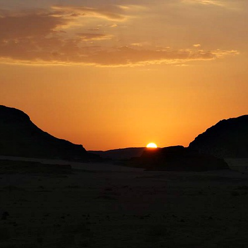 zonsondergang sinai woestijn desertjoy